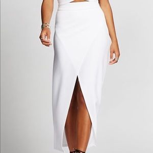 New York & Company - White Asymmetrical Skirt